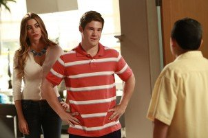 "Adam DeVine guest stars on Modern Family's ""The Help"" episode"